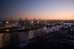 ночные грузчики в порту